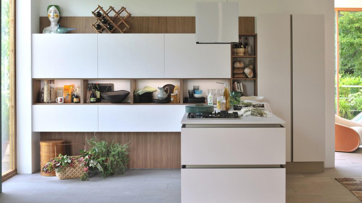 Cucina salone open space classico for Mobili salone classici